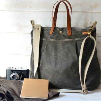 Unisex WAXED CANVAS Messenger bag  //  TOTE / Diaper bag dark khaki / Leather straps / Men messenger / Travel bag/Diaper bag