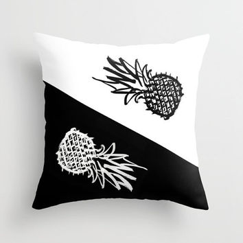 Black and white pillow Indoor pillow Double-side print Pillow or pillowcase Square pillow Chinese ink painting Bold strokes of pineapples
