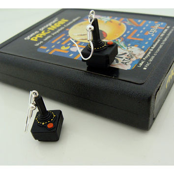 Atari 2600 Joystick Earrings - polymer clay and resin retro-game miniatures Atari