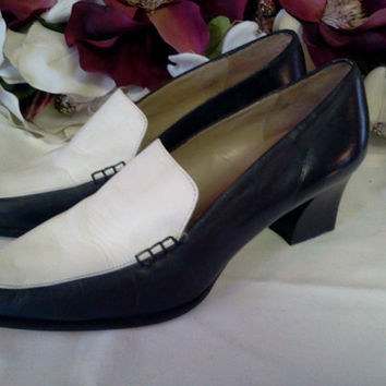 Italian Womens Leather Loafers Size 6.5