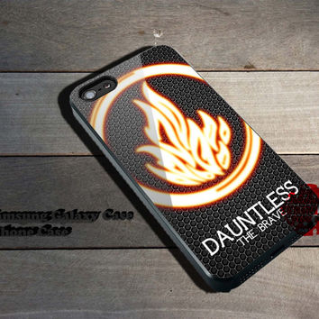 Divergent Dauntless The Brave iPhone 5/5S/5C/4/4S, Samsung Galaxy S3/S4, iPod Touch 4/5, htc One X/x+/S Case