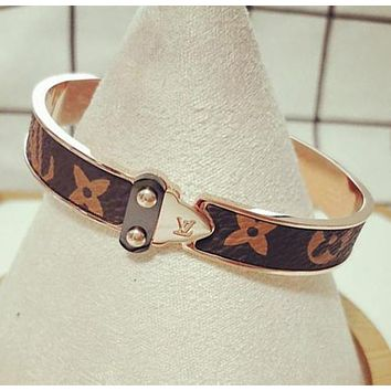 LV Popular Ladies Men Personality Accessories Titanium Steel Rose Golden Print Bracelet Jewelry
