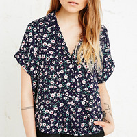 Cooperative Revere Short Sleeve Shirt in Floral Print - Urban Outfitters