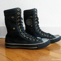 Black suede Converse X-hi sneaker boots, lined with wool, vintage all stars. Size eu 39.5 (UK 6.5, US women's 8.5, US men's 6.5)