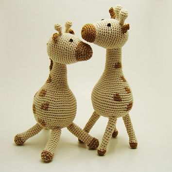 Giraffe crochet doll, Crochet stuffed toy, Toddler best friend, Handmade baby doll, Giraffe baby toy, Beige brown animal, Baby shower gift