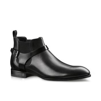 Wakeby Wolf Finesse Black Wrap Around Monk Chelsea Leather Boots