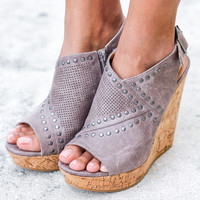Sinni Gray Wedges