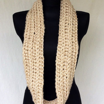 Cream Beige Infinity Scarf, Khaki Scarf, Hand Crochet, Fall Scarf, Oatmeal Scarf, Off White Cowl, Small Chunky Cowl, Cowl, Crochet Cowl
