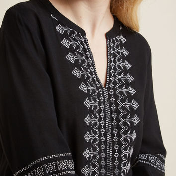 Flawlessly Folkloric 3/4 Sleeve Top in Black