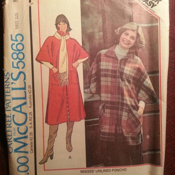 Uncut 1970's McCall's Sewing pattern, 5865! 14-16 Medium/Large/Women's/Misses/Unlined Poncho Jackets/Collared Poncho/Kimono Sleeves
