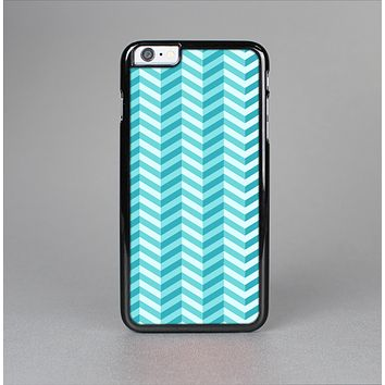 The Light Blue Thin Lined Zigzag Pattern Skin-Sert for the Apple iPhone 6 Plus Skin-Sert Case