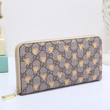 PEAPUP0 GUCCI Bee Women Fashion Embroidery Leather Buckle Wallet Purse Clutch Bag3