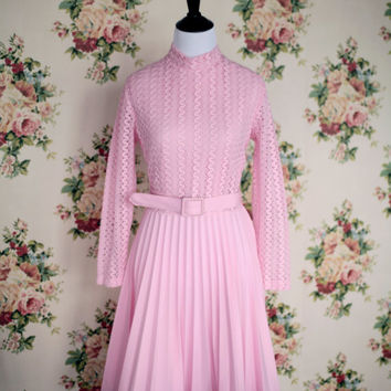 30 and Under Sale Vintage 60s/1970s Bubblegum Pink Accordion Pleat Disco Dress M/L