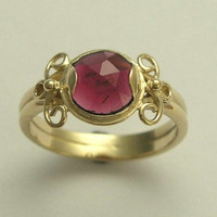 Yellow gold ring inlaid garnet Fairy tale by artisanimpact