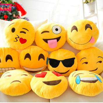 Super Soft Popular Emoji whatsapp Smiley Emoticons  Yellow Round Cushion Stuffed Plush Toy Doll Present Decorative Pillows
