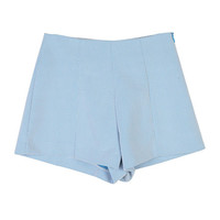 Light Colored High-Waist Shorts