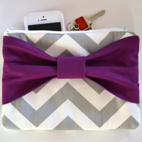 Set of 6 Grey & White Chevron w/ Plum Center Bow Bridesmaid Clutch Bridal Accessories Wedding Gift Bridal Clutch Zippered