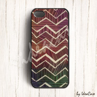 Colorful Line Chevron iphone 5 case,chevron iphone 4s case,geometric iphone cover,hard case