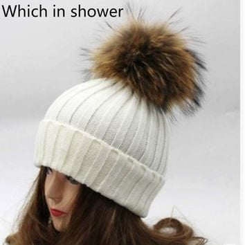 Which inshower Real Raccoon Fur Hat Warm Wool Winter Hat With Genuine Fur Pompom Women Knit Bobble Ski Hat Cap With Fur Ball Top