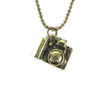 Small Brass Camera Charm Necklace Vintage NB16 Photographer Dog Tag Chain Pendant Fashion Jewelry