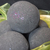 Bubbling Bath Bomb (Black Hole)