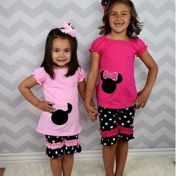 Minnie Mouse Pink Outfit, Minnie Mouse Birthday Outfit, Polka Dot Minnie Outfit - Can be Personalized - Girls Disney Outfit - Minnie Shirt