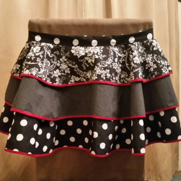 Black White and Red Apron, Half Apron, Vintage Inspired Apron, Retro Inspired Apron, Three Layered Apron, Hostess Apron, Hostess Gift