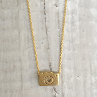 Tiny Camera Necklace - Gold