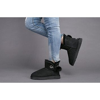 Fashion Black UGG LIMITED EDITION CLASSICS Boots Women Shoes 1017501