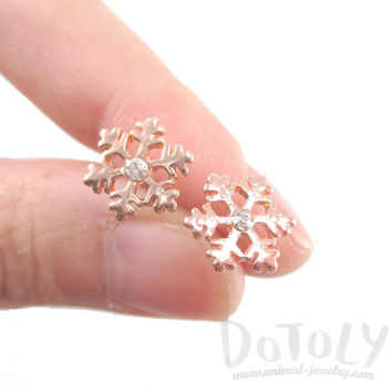Snowflake Shaped Rhinestone Stud Earrings in Rose Gold