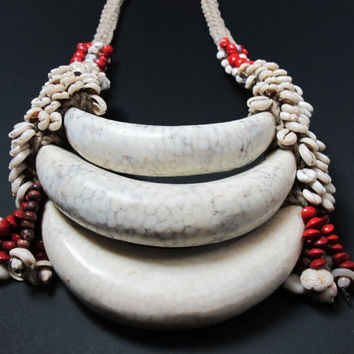 Shell Jewelry New Guinea Tribal Necklace Of Three Clam Shell Pendants On A  Beige Braided Rope|Cowrie | Job Tear Seed | Abrus Seed|Wood Bead