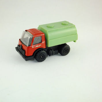 Vintage Cistern Truck,Plastic and Metal truck, Red and Green, Collectibles, Rare, Mir Truck