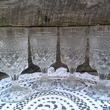 "SET OF 4 , Anchor Hocking Wexford Glassware,  6 5/8"" Tall,  Water, Clear Glass, Drinking Glasses"