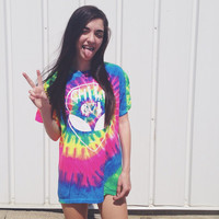 Chill Out Alien tye dye Tee // grunge // AlienAttire