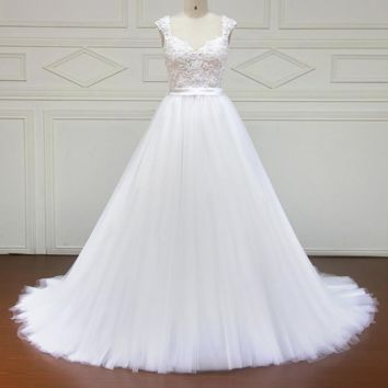 Elegant Cap Sleeve Appliques Lace Wedding Dress Sexy Short Sleeve Bridal Gown