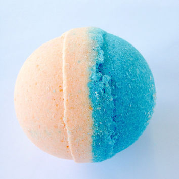 Beach Bomb/Top Selling Scent/5 oz. Bath Bomb/Soapie Shoppe/ Haywood Mall