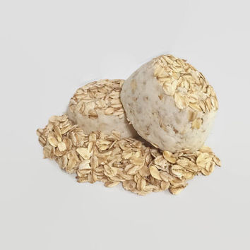 Oatmeal Coconut Bath Bombs(2)- bath fizzy, natural bath bomb, sensitive skin, party favors, Valentine's Day gift, gift ideas