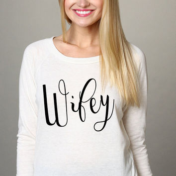 WIFEY Black and White Soft Slouchy Comfortable Snow White Jersey Pullover Sweatshirt