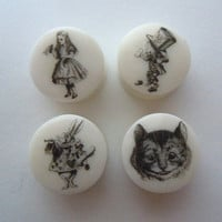 "Plugs / Gauges. Alice Characters.4g / 5mm,2g / 6mm,0g / 8mm,00g / 10mm,1/2"" /12.5mm,9/16"" /14mm,5/8"" /16mm,3/4"" /19mm,7/8"" (22mm), 1"" / 25mm"