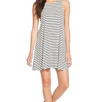 Junior Women's Socialite Stripe Swing Dress,