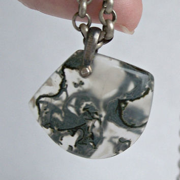 Antique Moss Agate Pendant Necklace,Green Moss Agate,Carved Moss Agate,Moss Agate Silver Necklace,Unisex Necklace,Unusual Pendant,Silver
