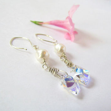 Swarovski Crystal and Pearls Long Earrings by SandstarJewelry