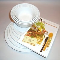 The Dish Diet Book with Portion Control Plates and Bowls to Lose Weight