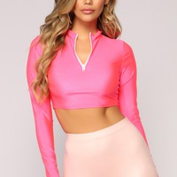 Curves For Days Cropped Top - Neon Pink