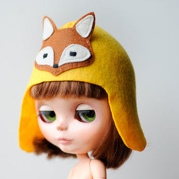 yellow Hat for Blythe - felt Blythe hat - Beret doll - blythe accessories