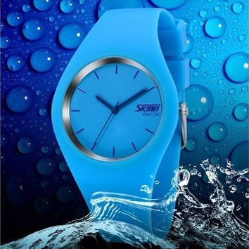Simple Fashion Jelly 7 Color Watch Classic Lover Waterproof Silicone Pointer Overall Integration Wristwatch [8322876097]