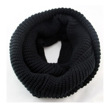 Arionna Wool Knitted Scarf Black