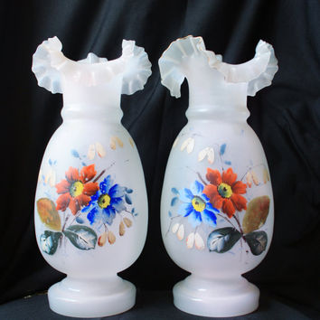 1900s Pair of Antique Floral Victorian Clambroth Bristol Glass Vases - Ruffled Trim