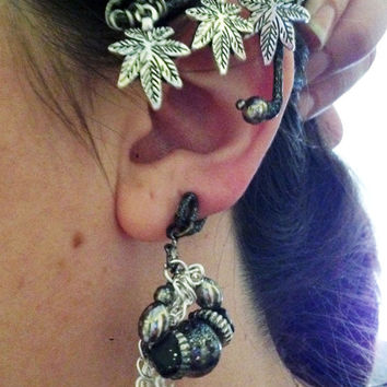 DARK FAERY QUEEN / Elven Ear Cuffs for Middle Earth Cosplay in the Fairy Realm