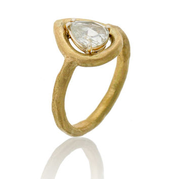 Solitaire gold diamond ring, Pear shape rose cut diamond ring, Unique engagement ring, hammered Mate Gold Rose Cut diamond ring